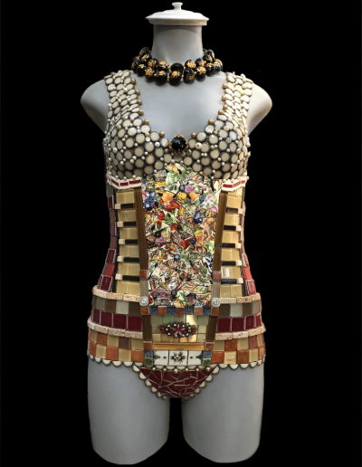 mosaic-mannequin-titled-collette