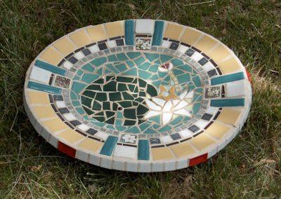 mosaic-birdbath-titled-Lily Pad